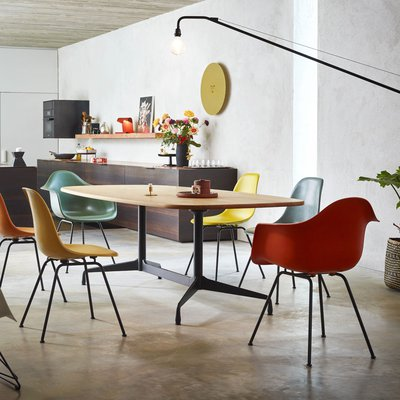 Segmented table Vitra.jpg